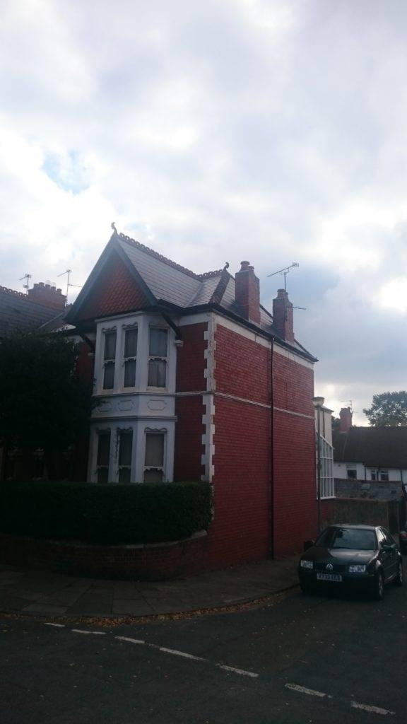 roof repair on house